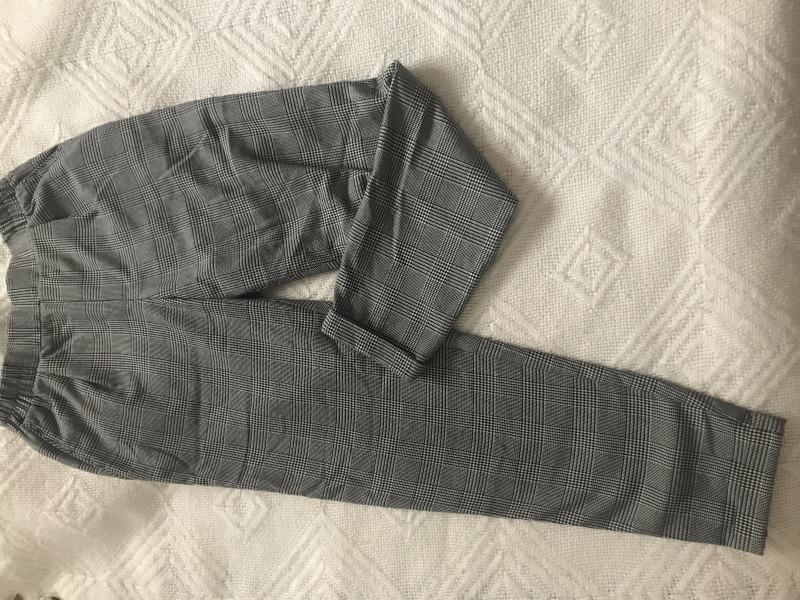 Pantalon 36 BERSHKA
