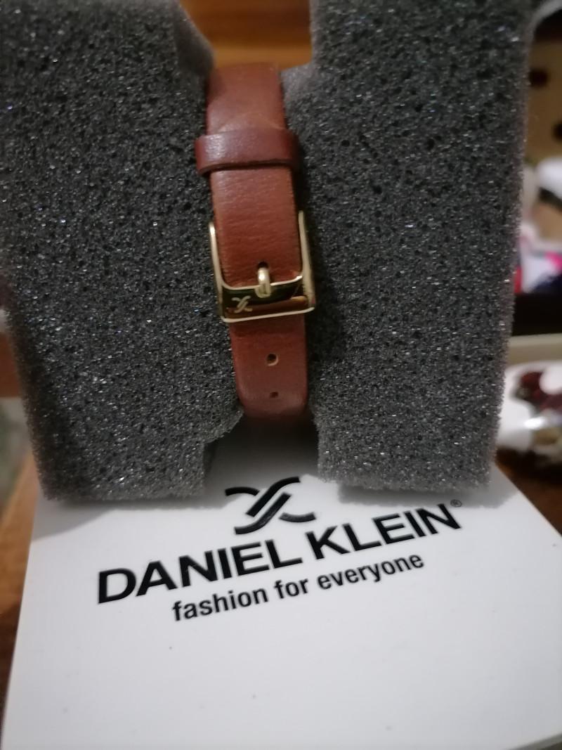 Montre DANIEL KLEIN