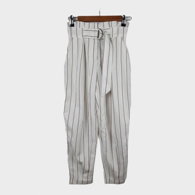 Pantalon 32 BERSHKA