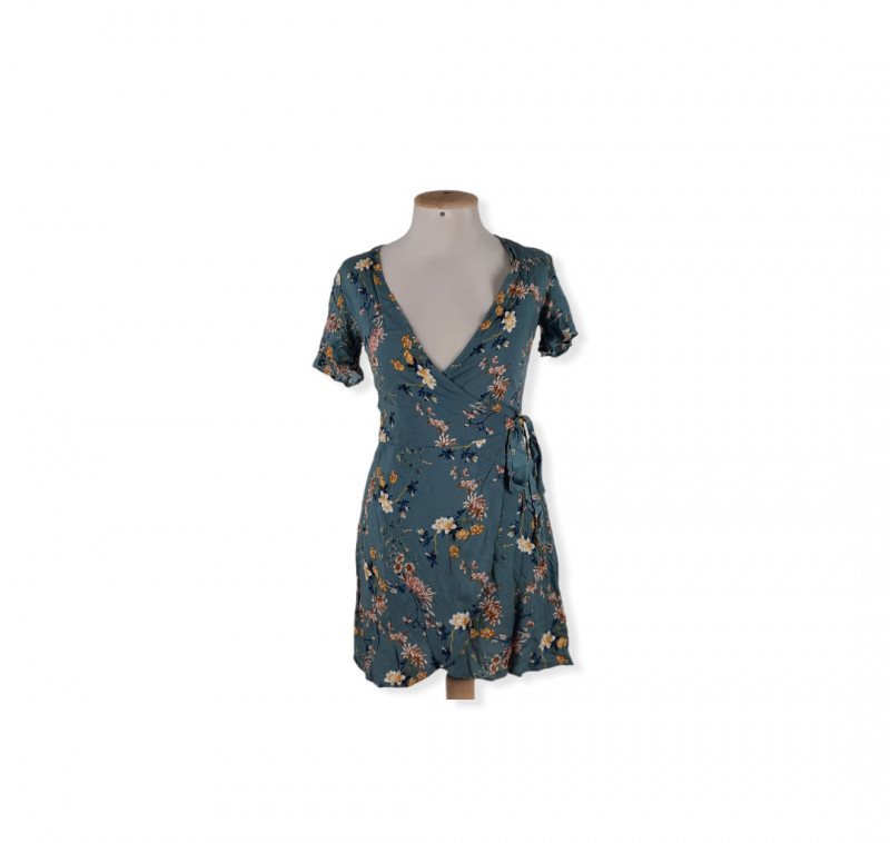 Robe courte M PULL AND BEAR