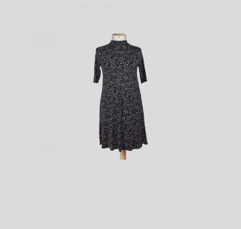 Robe courte S PULL AND BEAR