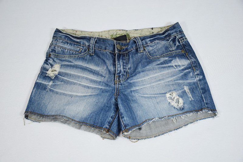 Short en jean 36 CRAZY WORLD