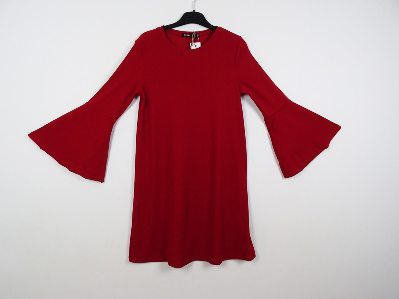 Robe courte M BERSHKA