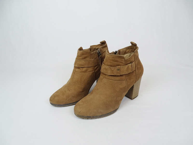 Bottines 38 BERSHKA