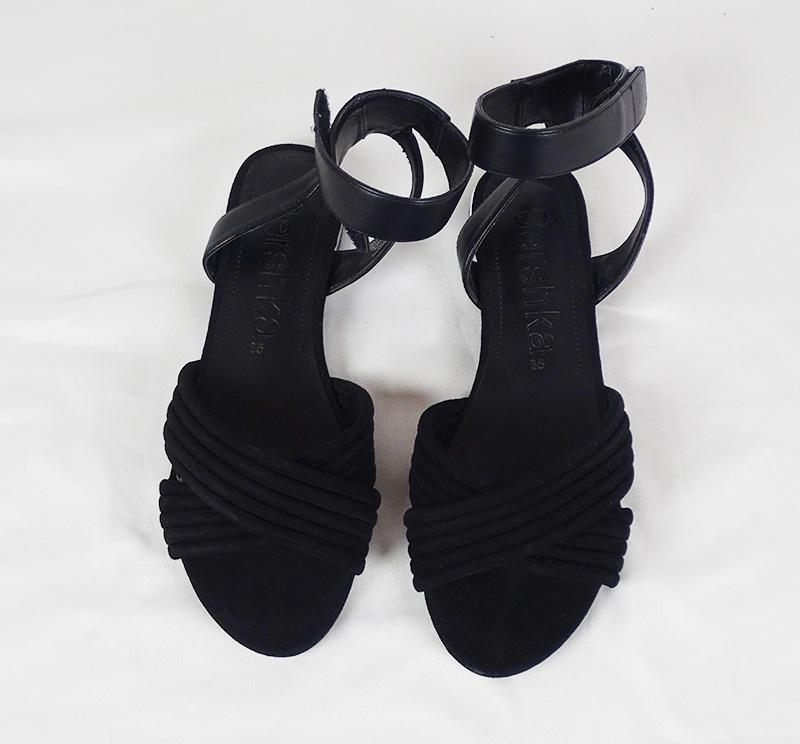 Sandales 35 BERSHKA