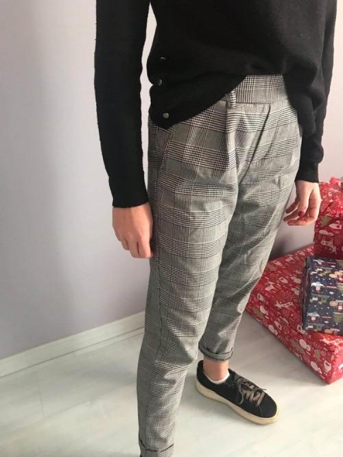 Pantalon 38 BERSHKA