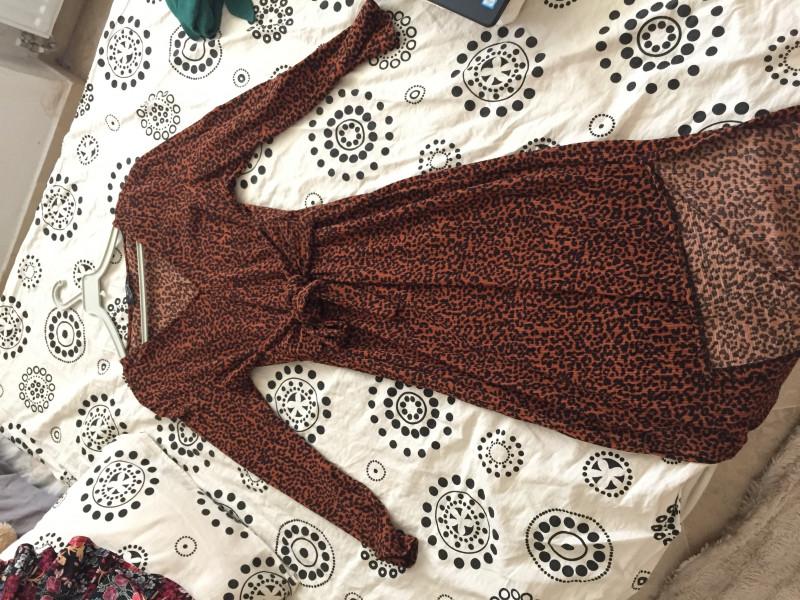 Robe mi-longue 36 BERSHKA