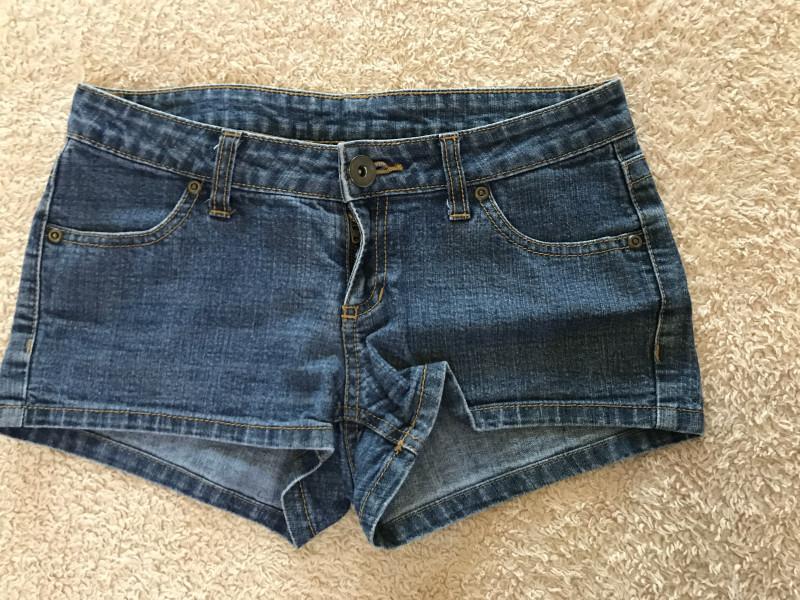 Short en jean 34 ..