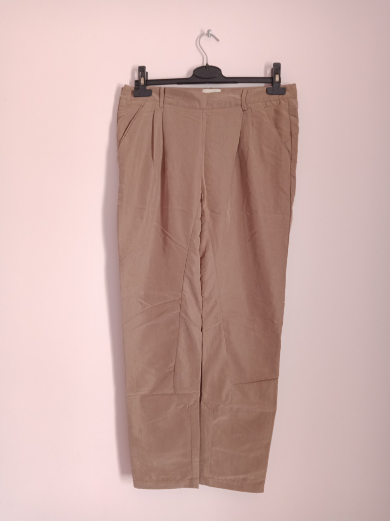 Pantalon droit 40 BERSHKA