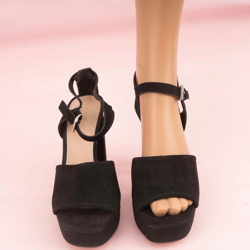 Sandales 38 ZARA